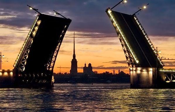 razvod-mosta-sankt-peterburg